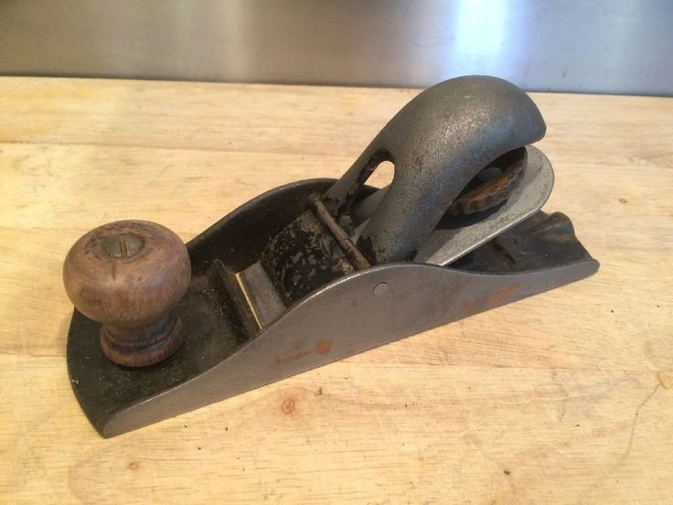 """Vintage P910 Small woodworking plane  - Old carpentry hand tool - 6.5"""" Long"""