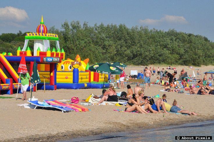 2014-06 Luchtkasteel bij Aquapark Splash (Hellevoetsluis)