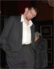 Matthew McGrory (American actor, known for his great height)