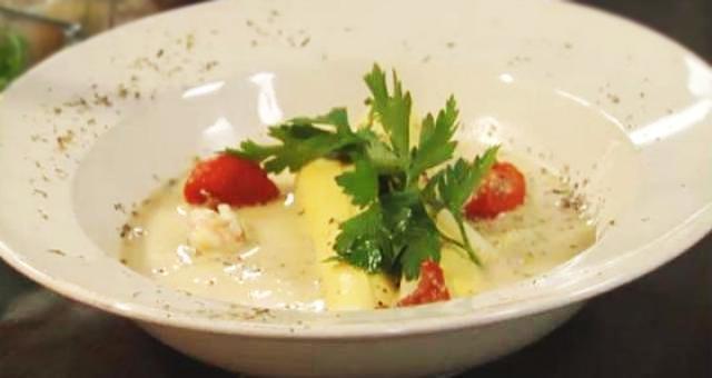 Cannelloni met scampi's, zongedroogde tomaten en groene asperges - Recept | VTM Koken