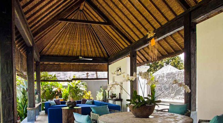 Bali Style- Reclaimed Ironwood living room by DvdG for Kayu Naga