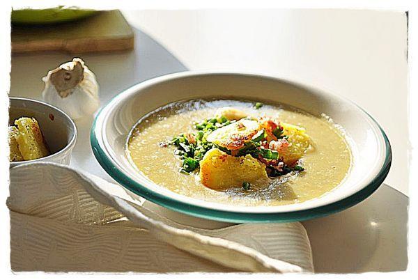 Kartoflanka z podsmażonym boczkiem, ziemniakami i świeżym szczypiorkiem.   Make Cooking Easier
