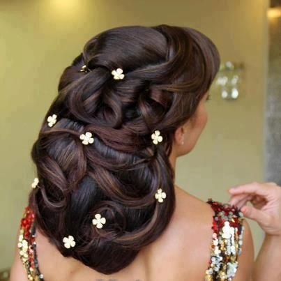 FLORAL UPDO    #HAIRSTYLES AND #HAIR ADVICE  VISIT US   www.ukhairdressers.com