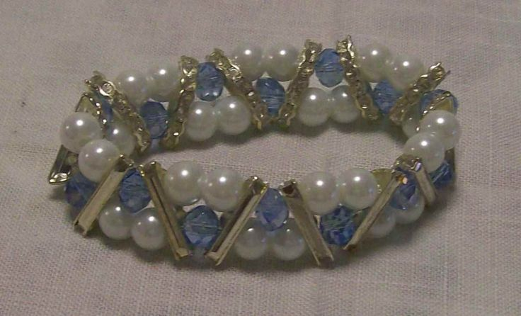 Pearl and crystal with silver spacers stretch bracelet - A$10.00