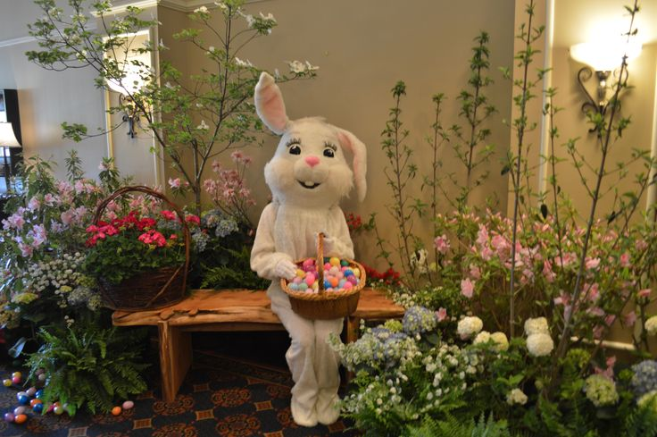 Easter Bunny Photo Area at The Hotel at Auburn University's Easter Brunch Buffet