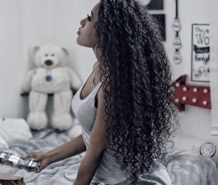 See this Instagram photo by @dayanyspiridon • Curly Rapunzel. long curly hair. Long natural hair. Long hair.