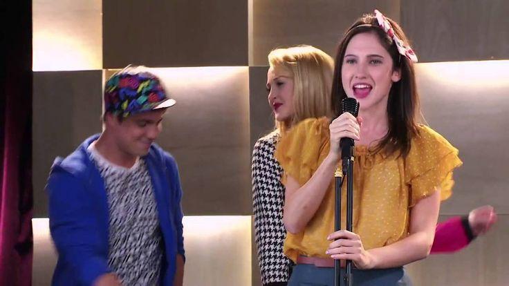 """Violetta 2: Francesca canta """"Alcancemos las estrellas"""" - (Episodio 9)"""