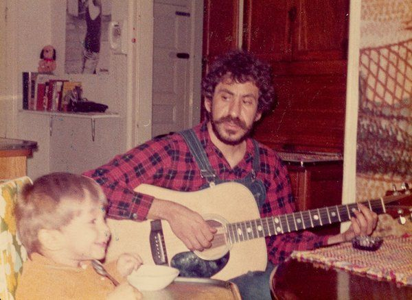 Jim Croce and his son Adrian James at their home in Coatsville, Pennsylvania, 1973.