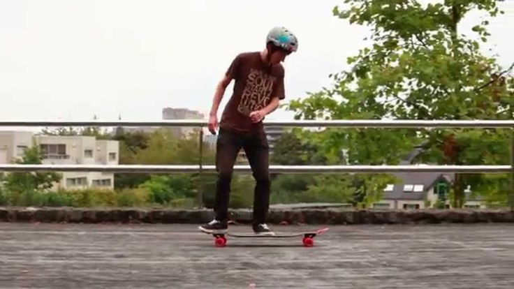 The freestyle-freeride flagship board that riders love: the Apex longboard. Original Skateboards Team Riders, Andrei Churakov, Sam Holding, and Simen Bye take the Apex out for a quick fun, stylish run.