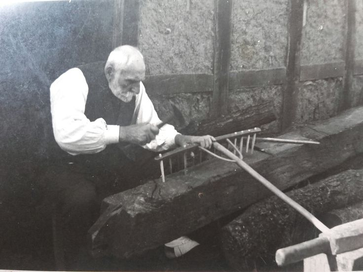 Arrière Grand père Bernhard Zessin né le 25 mai 1864. Famille installée depuis selon les registres et livres depuis 1508 en Poméranie à Starkow, Stolp