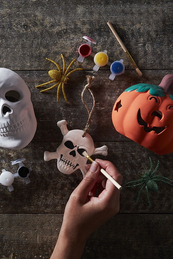 hobbycraft get creative this halloween with your own homemade rh pinterest com
