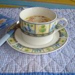 Latte caldo con miele zenzero e cannella