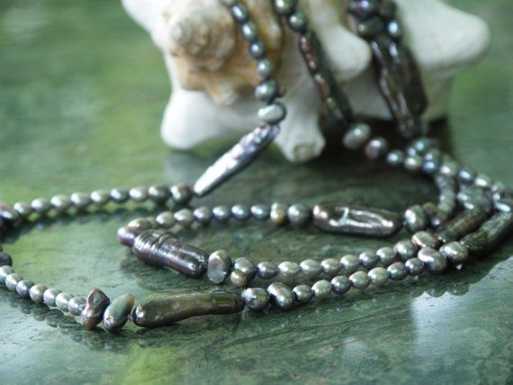 pearl necklace anthracite black sautoir by Perlenfischzuege, €110.00