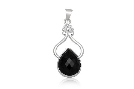 Pandantiv din argint 92.5% cu onix negru fatetat. http://www.lafemmecoquette.ro/pandantiv-oriental-din-argint-si-onix-negru/