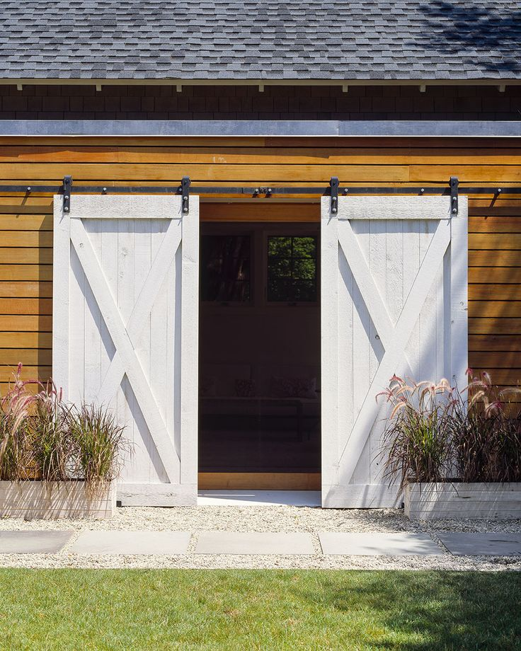 Best 25+ Exterior barn doors ideas only on Pinterest ...