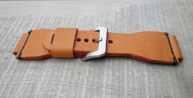 www.duurk.nl   DUURK, lederproducten voor mannen.  Ons assortiment bestaat uit horlogebanden, portemonnees en andere kleine lederwaren.
