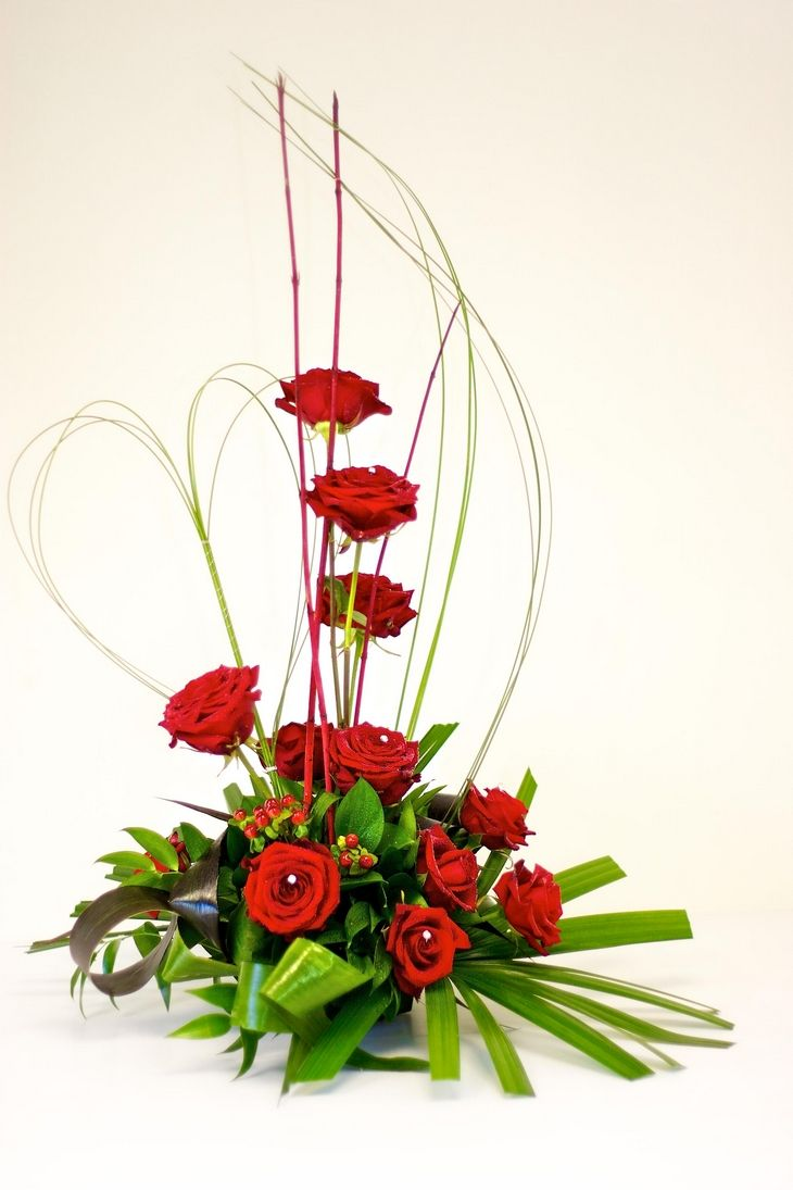 unique floral arrangements | Valentine's Day Rose Arrangement