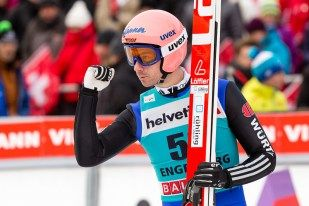 Skispringer Michael Neumayer | FIS Skispringen Weltcup | Engelberg / Schweiz | Fotograf Kassel http://blog.ks-fotografie.net/pressefotografie/weltcup-skispringen-engelberg-schweiz-2014-pressebildarchiv/