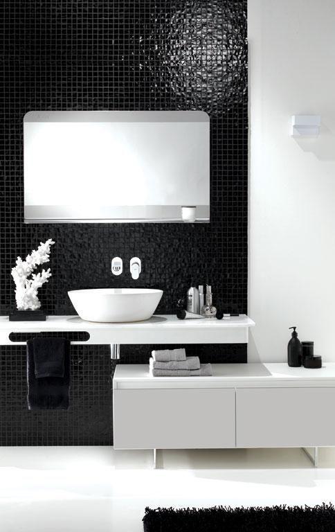 Badezimmer von Ex.T. in Schwarz und Weiß