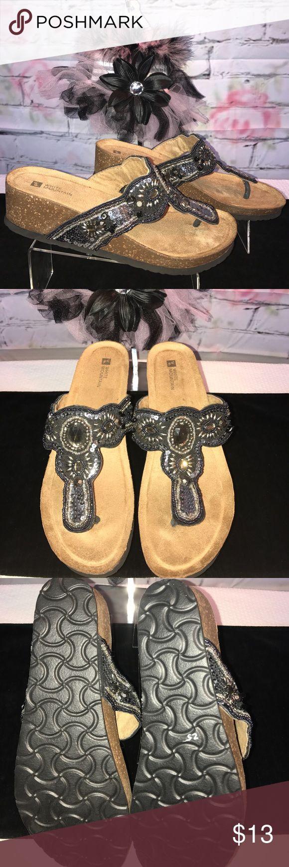 White Mountain Flip Flop size 10 NWOT Cute pair of bling flip-flops by White Mountain size 10 ❤️😊🐾🐾 White Mountain Shoes Sandals
