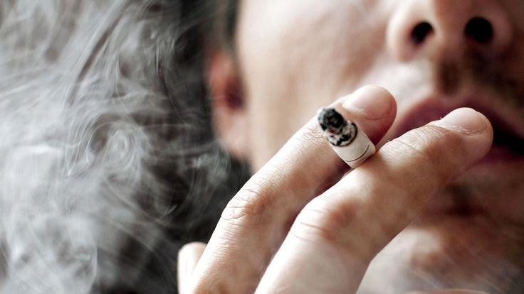Danskerne har den suverænt korteste middellevetid i Vesteuropa, selv om vi ryger, drikker og vejer mindre end borgerne i de fleste af de andre lande. Det er fortidens synder, der rammer os.