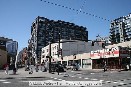 Powell's City of Books  http://www.portlandbridges.com/photoimagefiles/image-5d0img34338-s.jpg