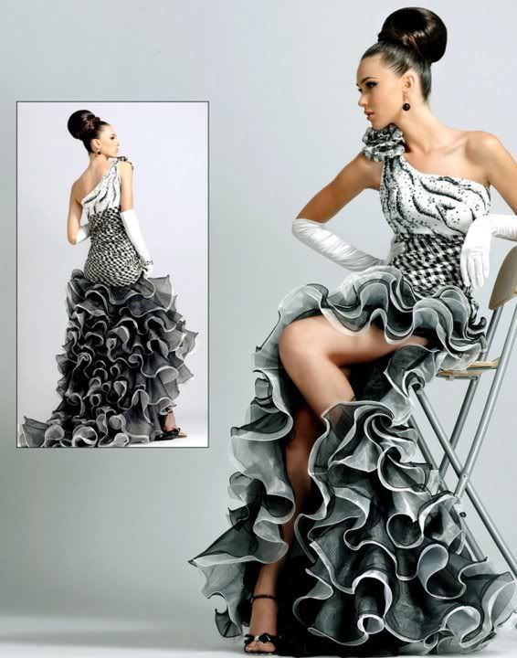 36 best Šaty images on Pinterest | Prom gowns, Wedding dressses and ...