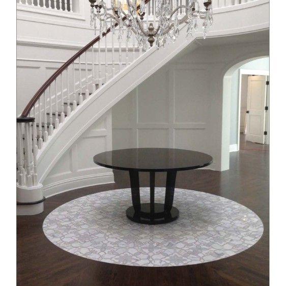 Fresh Tile Design for Front Entry
