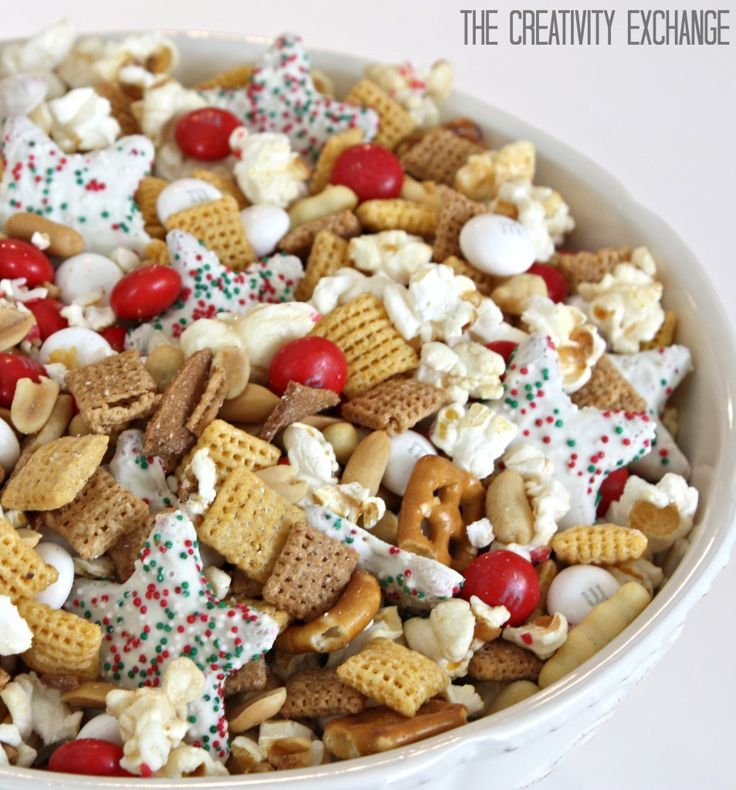 Sweet and salty Christmas snack mix.  Great gift idea to give a batch in a pretty biscuit jar.  {The Creativity Exchange}
