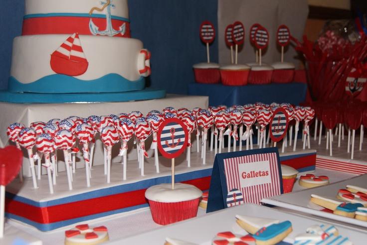 Mesa dulce para comuni n marinera no faltaron todo tipo for Mesa dulce marinera