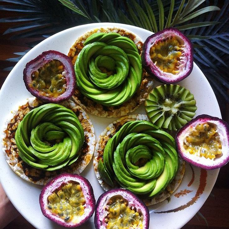 A bouquet of avo roses & passionfruit ~