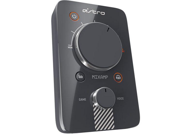 L'ampli casque Astro Mixamp Pro est l'élément indispensable pour les gamers en quête de réalisme sonore sur la plupart des plateformes de jeu. Cet ampli un peu spécial jouera un rôle d'adaptateur qui transformera votre casque Astro pour PC, en casque pour PS3, PS4 et Xbox360. | #ASTRO #MIXAMP #PRO Dolby 7.1 #Gaming
