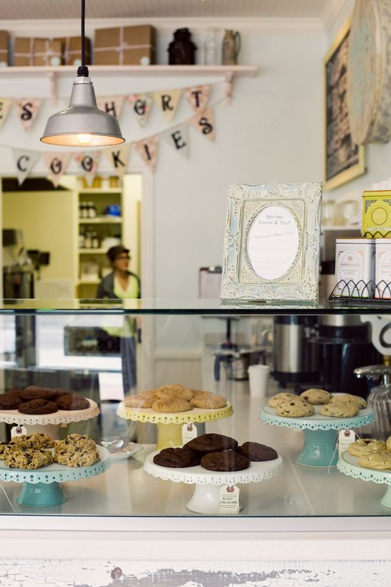 La milk jar cookies 5466 wilshire boulevard los for Food bar wilshire