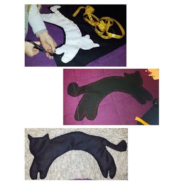 "Rice & Salt ""Black Cat"" pillow (for the neck) DIY  www.facebook.com/levaje.crafts http://instagram.com/levaje"