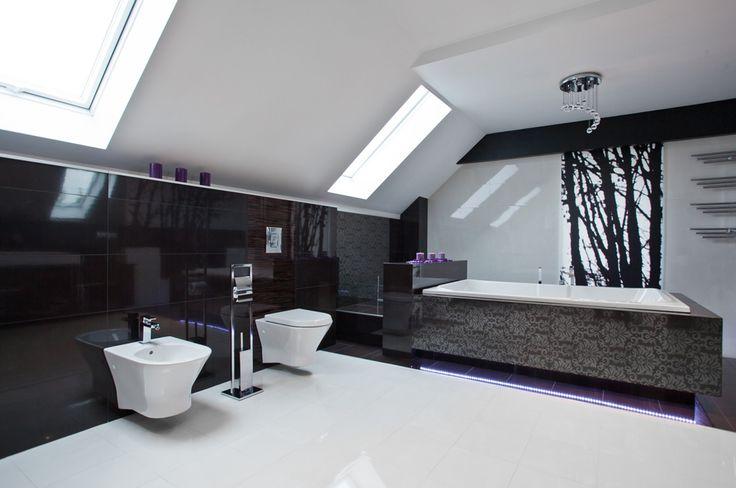 biało czarna łazienka na poddaszu - Szukaj w Google