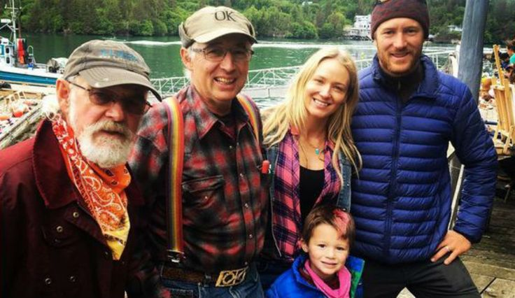 Singer Jewel Kilcher And Son Kase Visit Family From 'Alaska: The Last Frontier'
