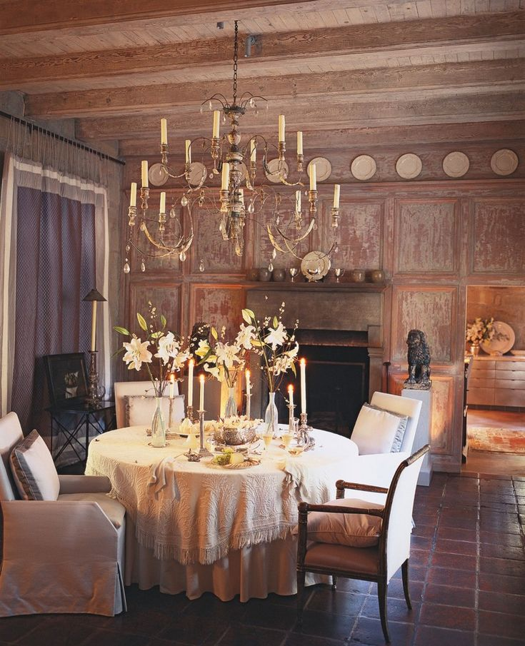 Exceptional John Saladino Dining Room, Chandelier (from Montecitou0027s Country Antiques)  Hangs Above A Table And Chairs (from Saladino Furniture), While Two 17th U2026