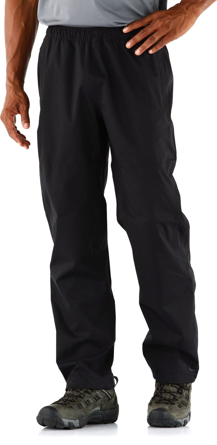 REI Crestrail Rain Pants - The men's REI Crestrail Rain Pants with a 30 in. inseam are lightweight, waterproof and breathable shell pants that have an interior that remains dry and comfortable, even as you sweat.
