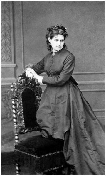 Berthe Morisot by Pierre Petit ✏✏✏✏✏✏✏✏✏✏✏✏✏✏✏✏ IDEE CADEAU / CUTE GIFT IDEA  ☞ http://gabyfeeriefr.tumblr.com/archive ✏✏✏✏✏✏✏✏✏✏✏✏✏✏✏✏