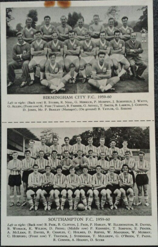 Lion Comic Nov 28th 1959 with Football Team Photo Cards of Birmingham City FC (1959 - 1960) and Southampton FC (1959 - 1960)