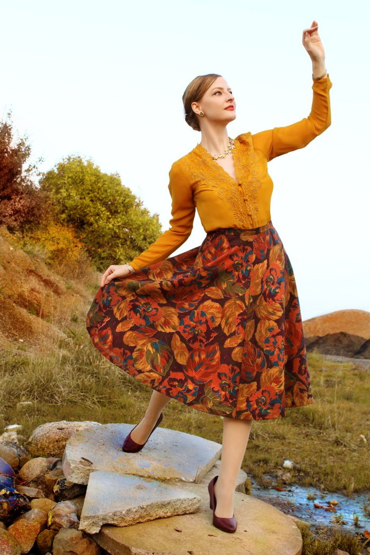 Lily Jarlsson - Autumn colors Retro Style
