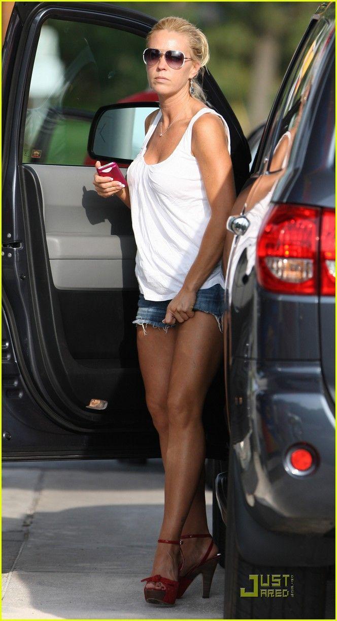 Kate gosselin nice celeb legs pinterest kate gosselin spring summer fashion and legs
