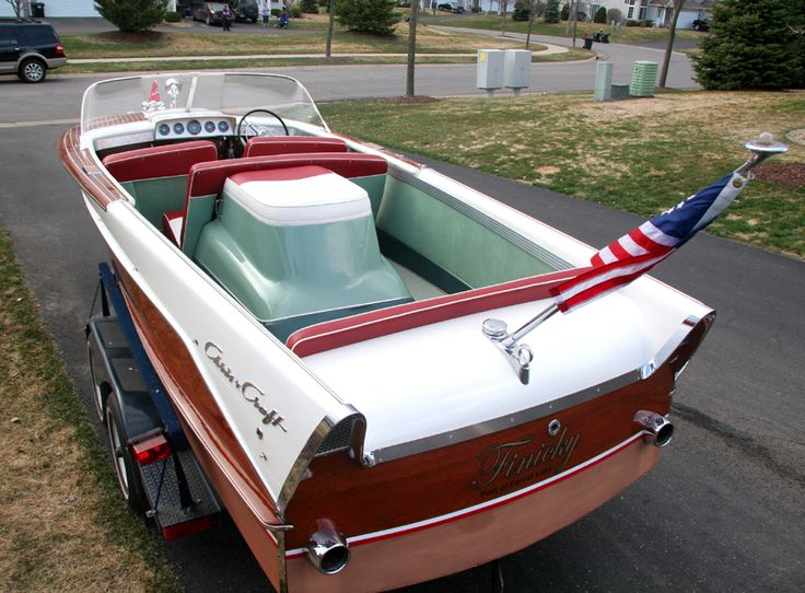 1959 21 39 chris craft continental pinterest for Chris craft boat restoration