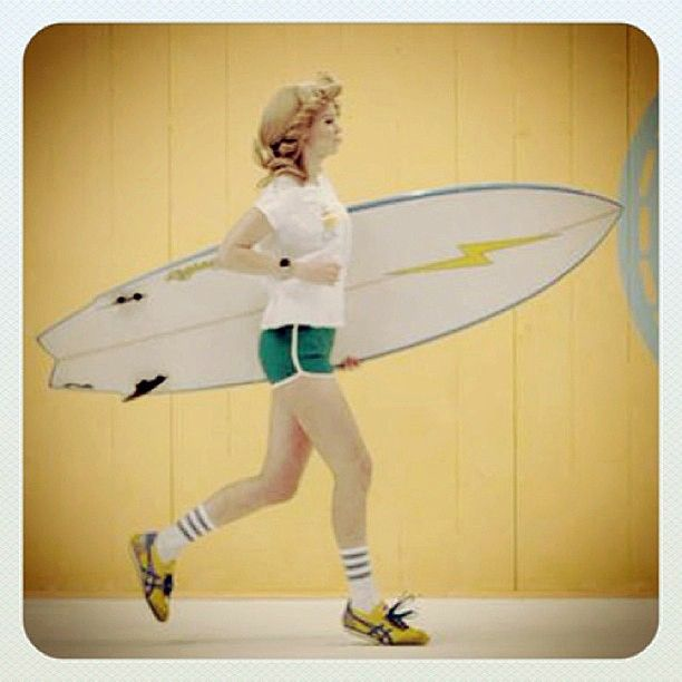 Happy #FirstDayofSummer! What are your #summer plans? #OnitsukaTiger #CALIFORNIA78 #SurferGirl #Surfing