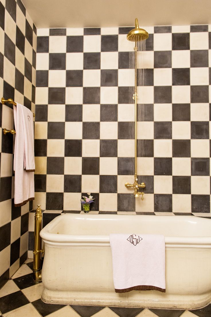 : Bathroom Bathroom, Closets Bathrooms, Checkerboard Bathroom, Beautiful Bathroom, Bathroom Choices, White Bathroom, Blackandwhite Bath, Bathroom Tile, Bathrooms Hot Tubs