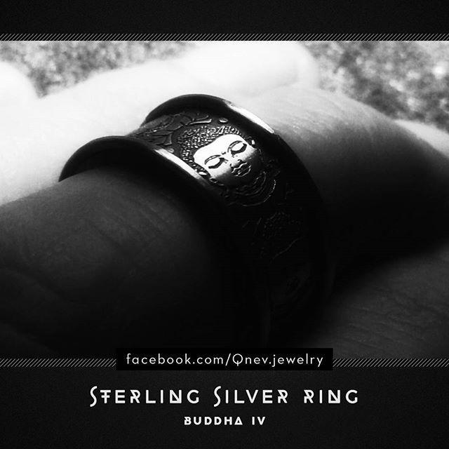 #buddha #buddhajewelry #sterlingsilver #jewelrydesign #jewelrydesigner #metalwork #artwork #silverring #weddingband #weddingring #jewellery #jewelry #mythe #lemythe #buddhism #om