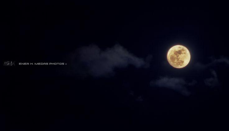 Moon by Enea H. Medas  on 500px