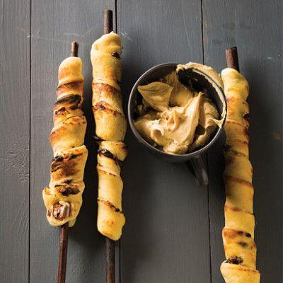 Taste Mag | Chocolate-chip stokbrood @ http://taste.co.za/recipes/chocolate-chip-stokbrood/