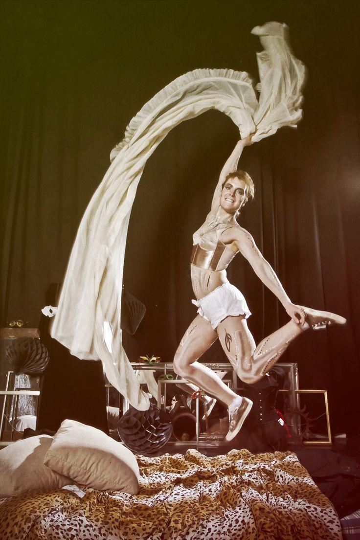 Masquerade tapahtuma, Hiukset,meikki ja bodypainting: Helene Hertell, Kuva: Matti Vahtera