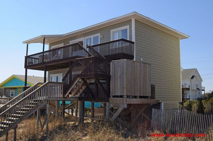 Topsail Island Rental | Salty Kisses | Ward Realty 2015 outdoor seating, table too small?